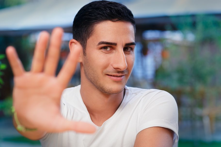 Getting Rid of Bad Friends for Successful Addiction Recovery